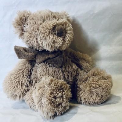 Brown, sitting teddy bear