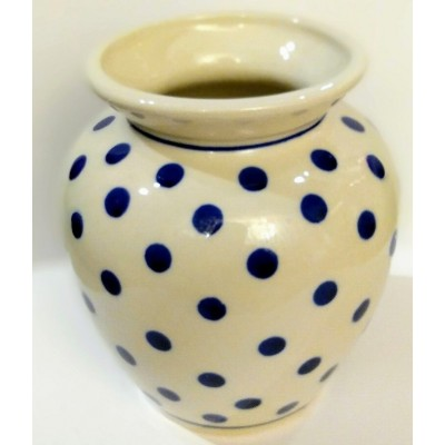 A vase with dots -...